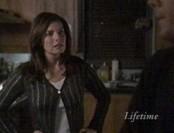Lily a été adoptée, elle ne voit pas d'autre explication aux réactions insensées de sa soeur Judy...